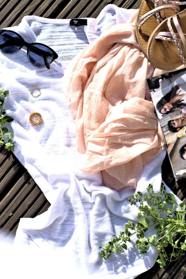 Altweibersommer-Life with a glow- die letzen warmen Sonnestrahlen-barfuß in Sandalen