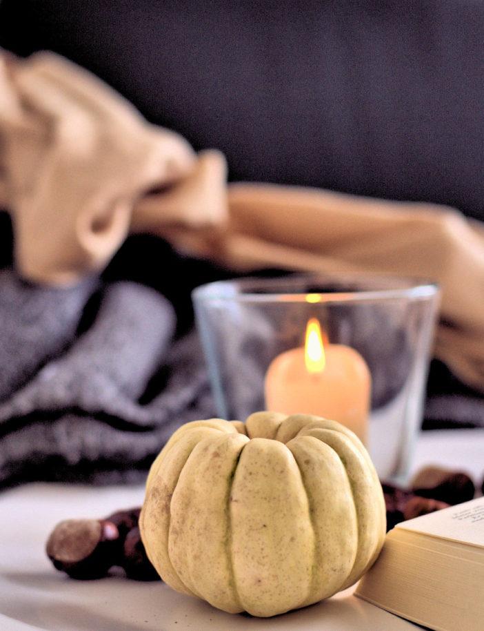 Der Herbst ist da- Kerzen helfen, um ein bisschen Wärme ins Grau zu bringen